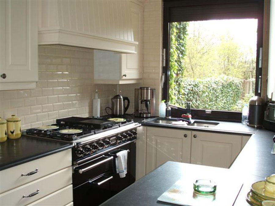 Apothekerskast Keuken Zelf Maken : Klassieke Keuken Antwerpen : Keukens op maat ontwerp keukens op maat